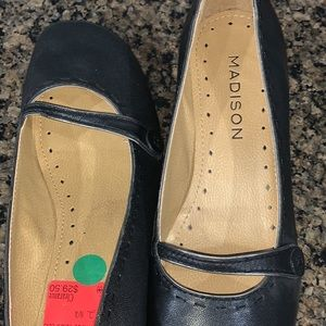 Women's Dress Shoes size 8.5 NEW